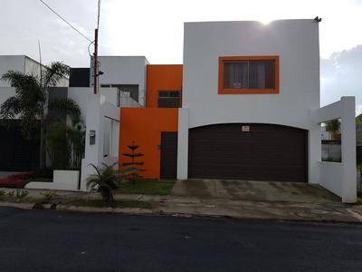 Se Vende Amplia Casa En Sabanilla