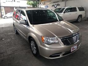 Chrysler Town & Country 5p Lx V6 3.6 Aut