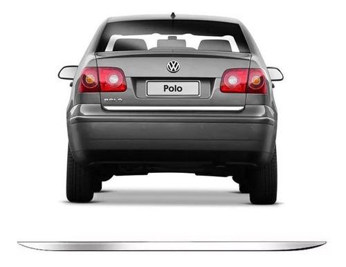 Imagem 1 de 3 de Friso Tampa Traseira Porta Malas Cromado Resinado Polo Sedan