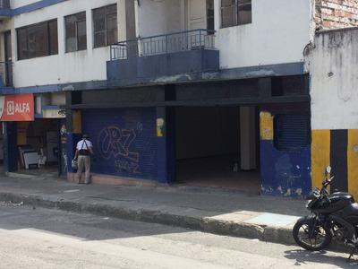 Arriendo Local Comercial En La Calle Colombia
