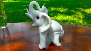 Elefante Murano Italia Barovier & Toso Lattimo 800 Gramos