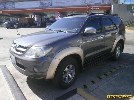 Toyota Fortuner Importada