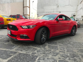 Ford Mustang 2.3 Coupe Automatico Rojo/negro