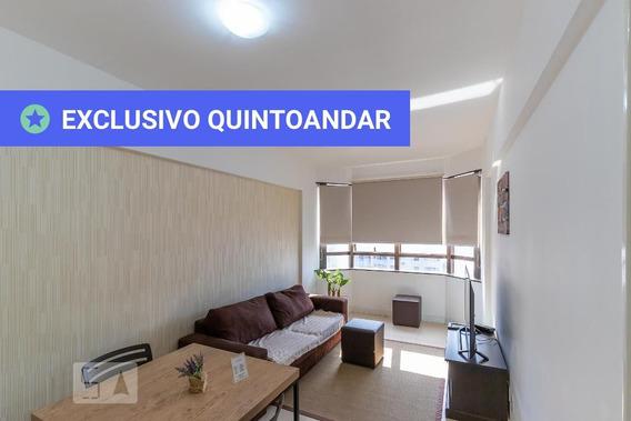 Apartamento No 4º Andar Com 1 Dormitório E 1 Garagem - Id: 892950268 - 250268