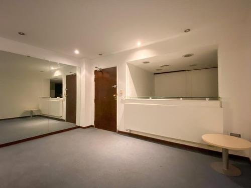 Oficina · Cochera · 125 M²
