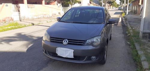Volkswagen Polo Sedan 2013 1.6 Vht Comfortline Total Flex 4p