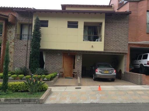 Casas En Venta La Doctora 622-7592