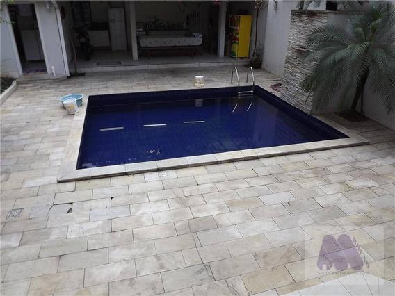Sobrado Residencial À Venda, Embaré, Santos. - So0038