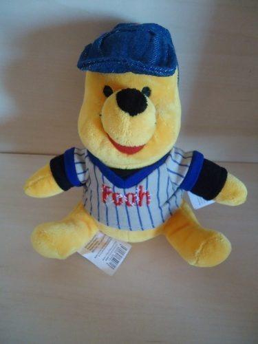 Modelo 01 Ursinho Pooh / Poof Com Boné 18 Cm Disney