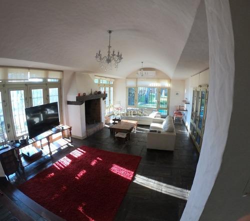 Hermosa Casa En Golf - Ref: 3349