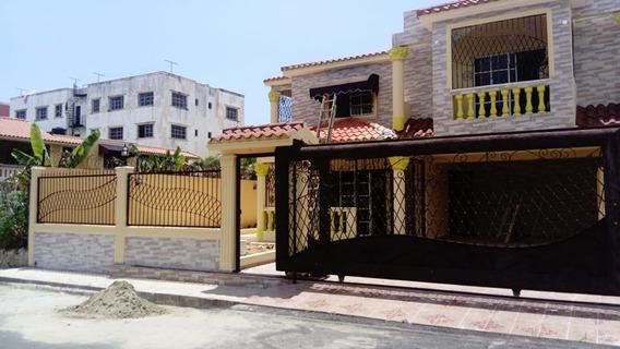 Casa En Alquiler En Prado Oriental Santo Domingo Este