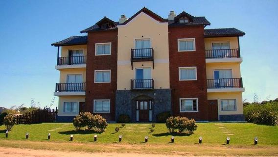 Hotel En Venta En Costanera Almirante Brown Esq. Pinedo Valeria Del Mar - Alberto Dacal Propiedades