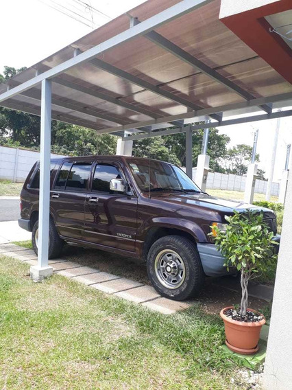 Isuzu Trooper - Excelente Estado