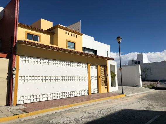 Casa En Puerta De Hierro Pachuca Espacios Amplios Y Cómodos!