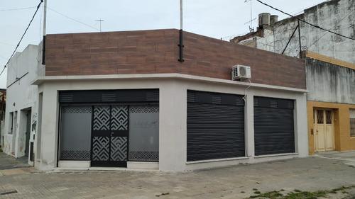 Imagen 1 de 16 de Local En Venta En La Plata Calle 71 Esq 2 - Dacal Bienes Raices
