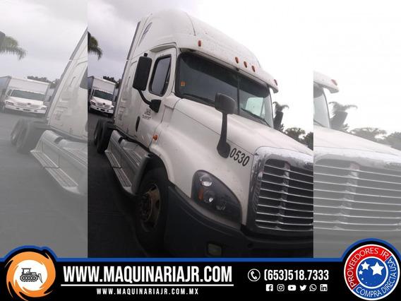 Tracto Camión 2012 Freightliner Cascadia, Tracto Camión