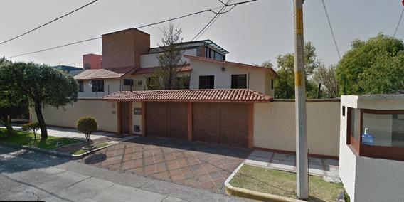 Hermosa Casa En Sector Tranquilo Y Seguro.