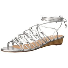 Tahari Mujeres Alcaparra Zapatos Sandalias De Cuero Tiras
