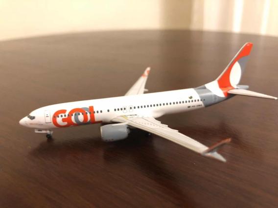 Boeing 737-800 Max Gol 1/400