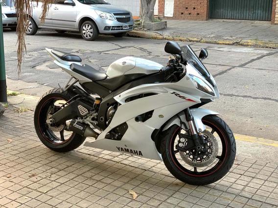 Yamaha R6 /// 2011 - 18.100km