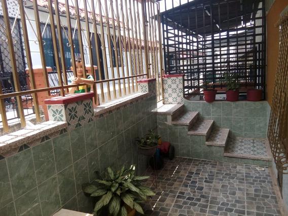 Se Vende Casa En Bosques De Pinares Armenia