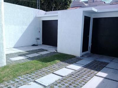 Casa En Renta En Tejeda, Corregidora, Rah-mx-21-3095