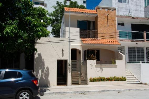 Casa Con Acabados De Lujo, A Media Cuadra De Playa, Col. Luis Echeverría, B Del