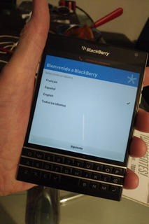 Celular Blackberry Modelo Passport Negro