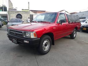 Toyota Hilux 1995, Mt, 2.4
