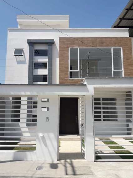 Vendo Casa Nueva En Santo Domingo - Urb Chiguilpe
