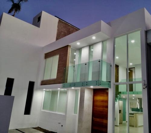 Casa Nueva En Fraccionamiento Alberia