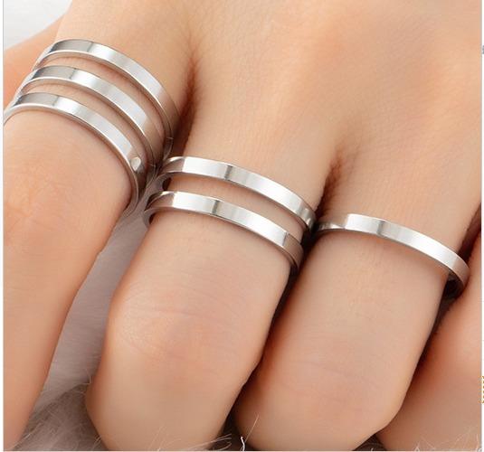 Kit Com Três Anéis Listras Folheado A Ouro