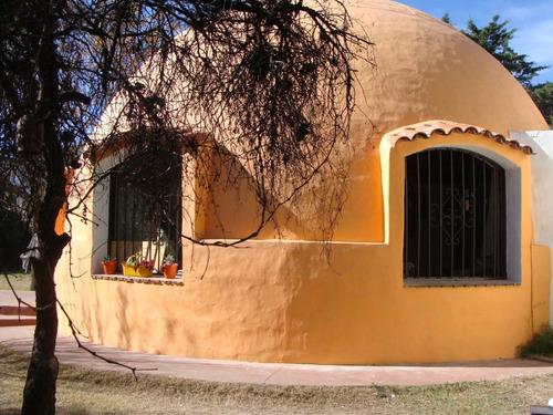Imagen 1 de 19 de Venta De Casa Iglu Con Departameto En Capilla Del Monte -  Cordoba