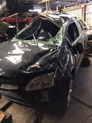 Sucata Tracker 2015 Vendo Peças Motor Cambio Suspensão Porta