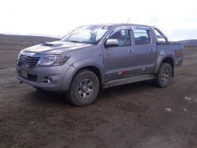 Alquiler De Camioneta Toyota Hilux 4x4