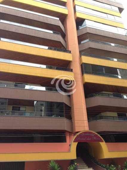 Apartamento De 03 Dormitórios - 883