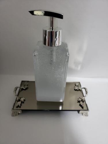 Imagem 1 de 5 de Kit Lavabo Banheiro Saboneteira Bandeija Luxo