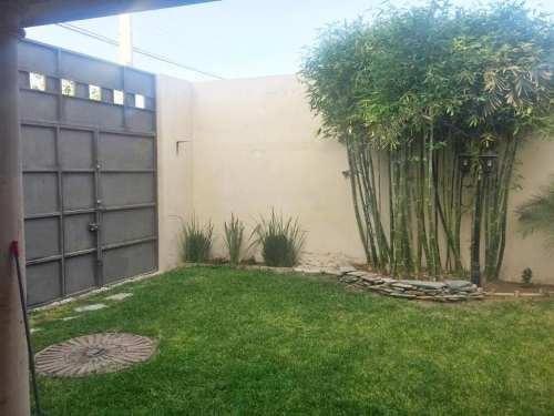 Casa Sola En Venta Residencial Viñedos