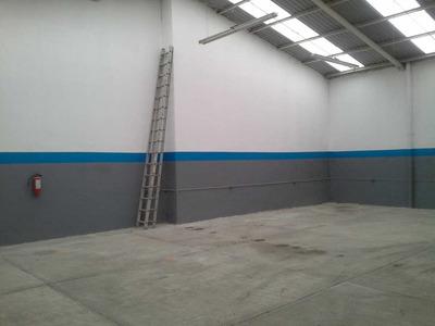 Venta De Pequeña Nave Industrial En Toluca,