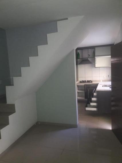 Sobrado Em Jardim Veloso, Osasco/sp De 100m² 2 Quartos Para Locação R$ 1.120,00/mes - So363095