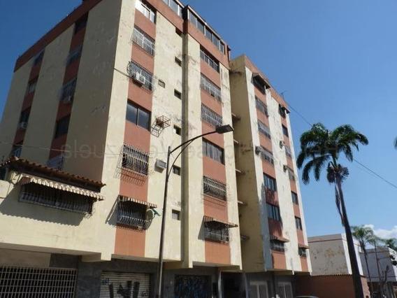 Apartamento En Venta Res San Antonio La Victoria Cod. 20-826
