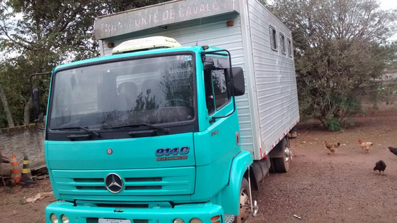 Caminhão Mercedes-benz 914c Baú Para Seis Cavalos