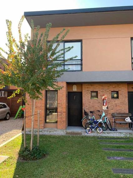 Casa - Duplex En Barrio Los Cipreses