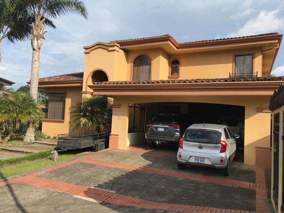 Casa En Lomas Del Zurquí, San Josecito, Sanisidro, Heredia