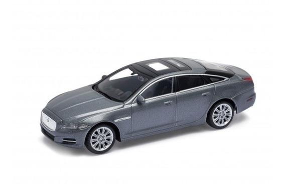 Welly Auto Coleccion Metal Escala 1-43 2010 Jaguar Xj