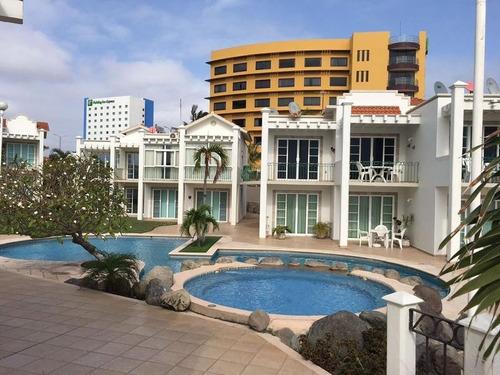 Imagen 1 de 11 de Villas Arrecifes, Casa En Venta Y Renta Amueblada, Frente Al Mar Y Playa.