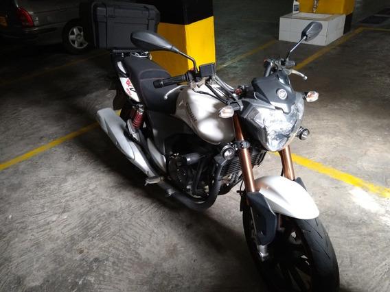 Moto Keeway (benelli) Mod. Rkv 200 Cc. 7500 Km, Frenos Disco