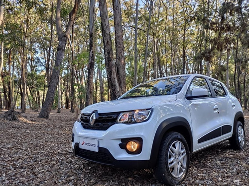 Renault Kwid Intense Nuevo 2020  -  Permuto / Financio
