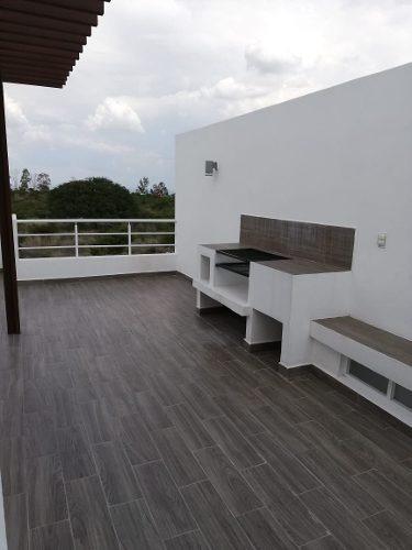 Estrena Linda Casa Entre El Refugio Y Zibatá, 3 Recamaras, Roof Garden, Jardín..