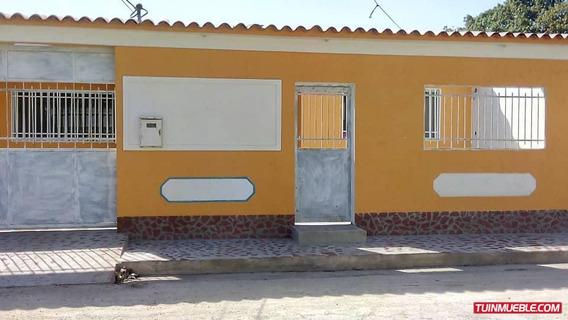 Casas En Venta La Esmeralda 04166467687